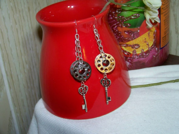 Earrings - Steampunk Bobbins & Keys (Silver Plated, Metal, Chain, Key Charms)