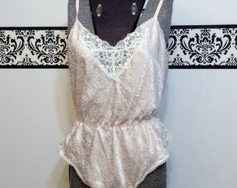 1960's Peachy Cream Pin Up Lace Teddy by Barbizon, Size Large, Vintage 1960's Rockabilly Bombshell Wedding / Honeymoon Lingerie
