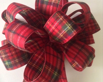 Christmas Plaid  Bows / set of 9 / 1 Tree Topper / 8 Small plaid bows/ Decorative classic bows  / Flannel Bows / Very classic made of wool