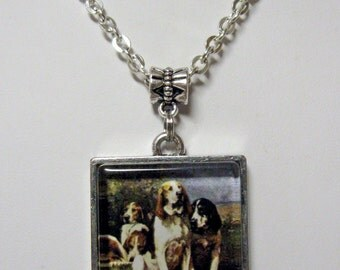 Bloodhounds Resting pendant with chain - DAP05-032
