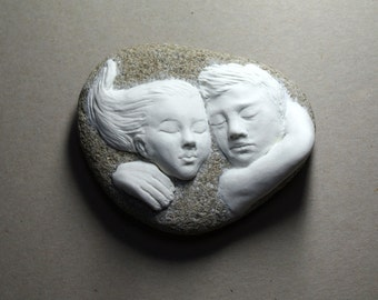 Unforgettable gift for lovers! OOAK air dry stone clay sculpture on river stone, one of a kind sculpture of embracing lovers