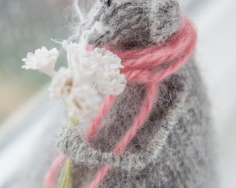 Knitted Rat/Mouse-Grey Soft Toy-Plush-Mothers Day gift-Valentine's Gift-Gray Home Decoration-Knitted Animal-Mouse Figurine-Candyfleece-UK