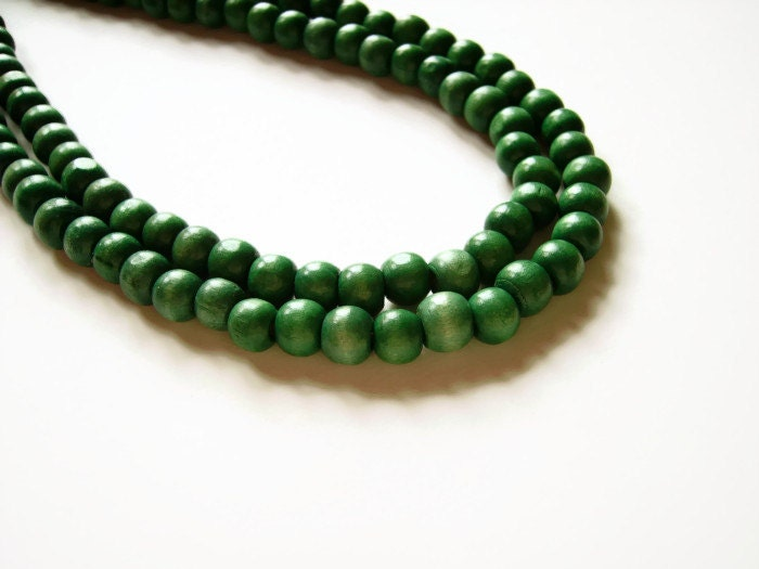 chunky green beaded wood necklace large green wooden bead