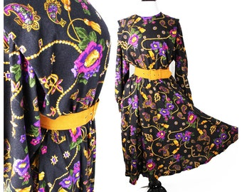 SALE: Vintage CARRIAGE COURT dress • Material Collections