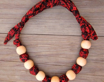 Toddler Necklace (Chunky Necklace, Children's Necklace, Kid's Necklace, Unbreakable), Black with Red Floral Print.
