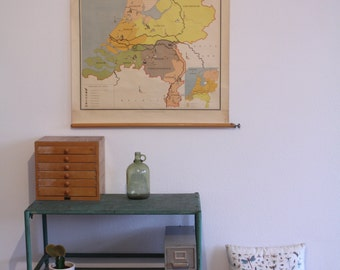 Wall chart of The Netherlands with the Dutch dioceses - Noordhoff