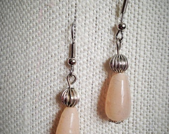 Vintage tear-drop glass earrings