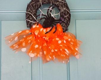 Spider Halloween Decoration, Halloween Wreath, Front Door, Halloween, Wreath, Holiday wreaths, Wreaths, Fall Wreath, Spider Web