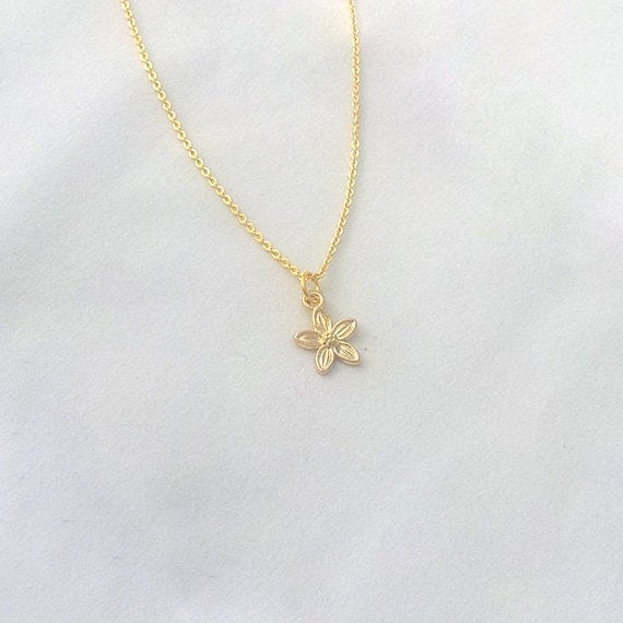 Delicate Necklace, Flower Necklace