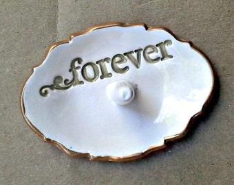 Ceramic Ring Holder Engagement Forever OFF WHITE