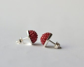Ear studs dark pink made of glass beads and silver 925