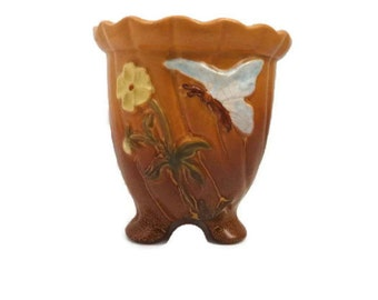 Vintage Weller Vase 1940's Weller Pottery Butterfly Yellow Daisy Flower Three Footed Vase, Home Decor Ombre Weller Pottery Vase Excellent