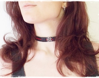 Pentacle Leather Collar, Black Leather Choker, Seal Of The God's Thuth Collar, Devil's Trap Necklace, Wiccan Choker, Goth Lolita LARP Collar