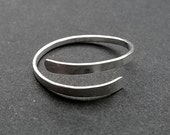 Forged Midi/Toe Ring Sterling Silver - Small Adjustable Toe, Above Knuckle, Midi Ring - Forged - Hammered Band 2mm