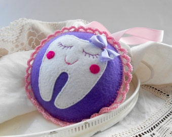 Girls Tooth Fairy Pillow Personalized Tooth Fairy pillow Felt tooth pillow Round tooth pillow Gift Hanging tooth fairy pillow
