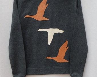 Leather Flying Ducks Jumper Dark Grey Heather Lightweight Crew Neck Sweatshirt