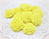Wedding Favor Candies, Cupcake Fondant Flower, Rose Topper, Edible Topper, Sugar Flower Cake, Spring Wedding Yellow Cake Topper-set 30