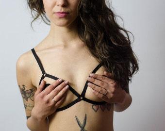 Laura Frame Bra