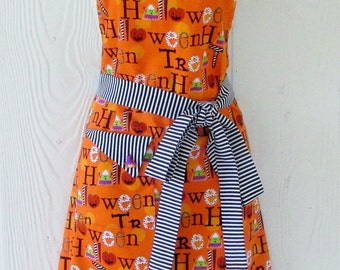 Halloween Apron , Retro Style, Cute Halloween Images, Stripes, Candy Corn, Pumpkins, Handmade, KitschNStyle