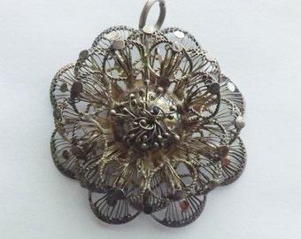 Vintage silver filigree cannetille flower pendant 3 dimensional layered