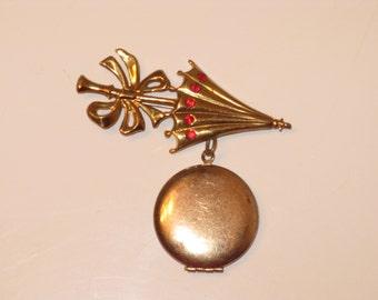 Victorian Brass Parasol Umbrella Dangling Locket Brooch (B-3-2)