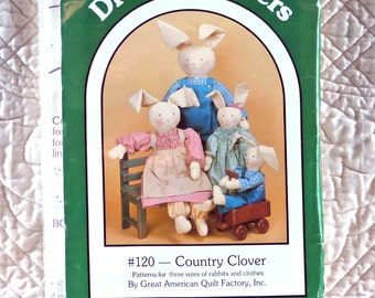 Rabbit Doll, Craft Pattern, Dream Spinners 120, Country Clover Rabbits, Clothes, 1986 Uncut
