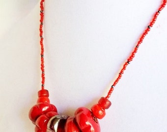 Red Glass Flower Beads Necklace