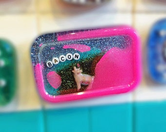 Awesome Piggy-Themed Decoration for Your Shower: Bacon