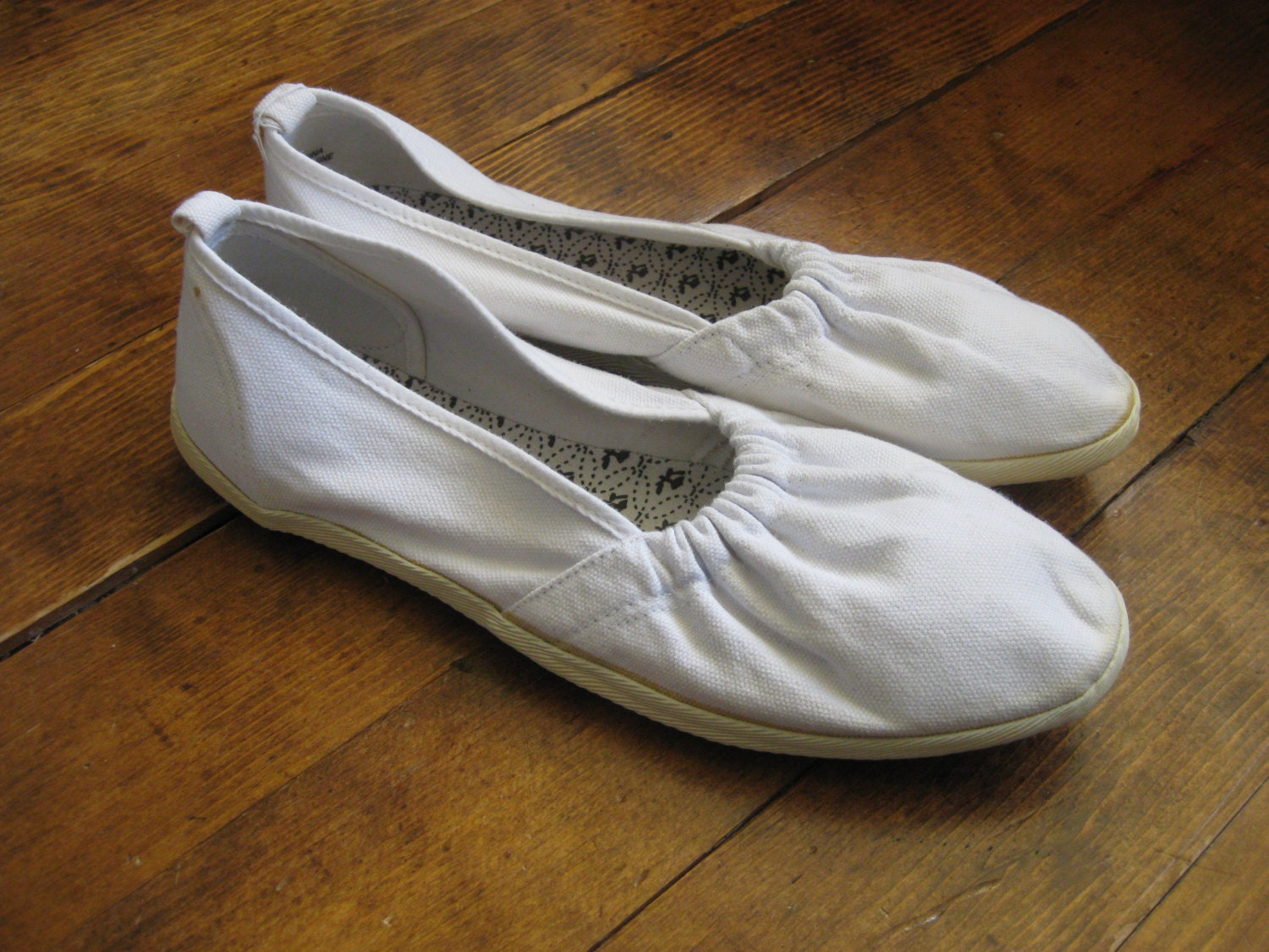 white canvas shoes vintage womens flats slip on by