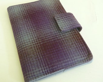 Ombre Plaid Wool Cover for Kindle 4 or 5, Voyage and Kobo Touch, Grey, Maroon and Purple