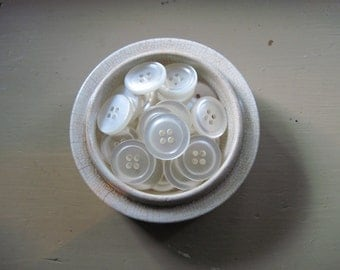 buttons shiny white lot of 60