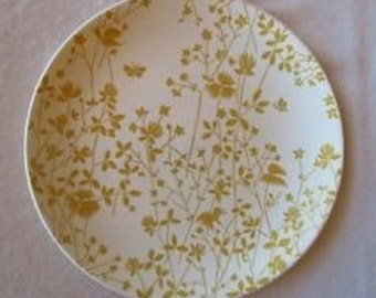 Sheffield Golden Meadow Dinner Plate.  Mustard Silhouette.