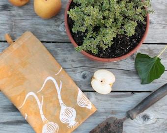 hand printed cotton tea towel onions pattern