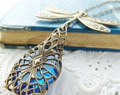 Dragonfly Necklace, Vintage Filigree Jewellery, Blue Glass Pendant, Insect Jewelry, Woodland Dragonfly Necklace, Bohemian Necklace, Brass