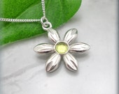Peridot Flower Necklace, August Birthstone Jewelry, Flower Jewelry, Daisy Necklace, Graduation Gift, Friendship Necklace, Everyday (SN792)
