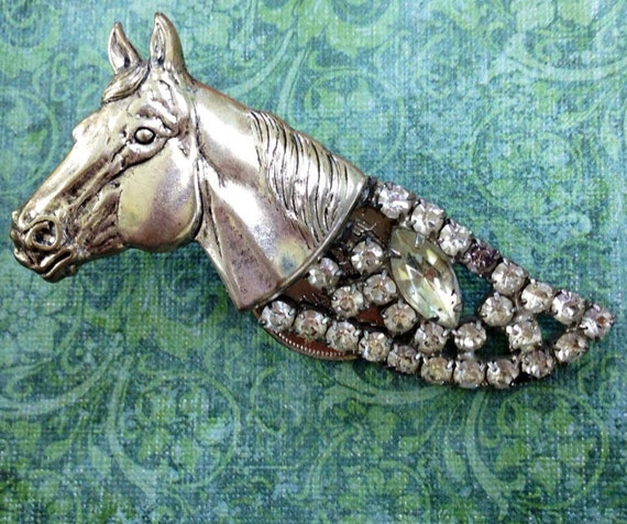 Equestrian horse jewelry brooch vintage rhinestone Derby time is here  Girlie Horse   Bling brooch for the girlie rider    ZNE