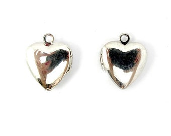 LOW Stock - Vintage Rhodium Plated Heart Lockets (6X) (L520)