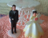 Kitschy / Vintage / Wedding Cupcake Toppers / Miniature Bride and Groom / Set of Two / Pedestal Included