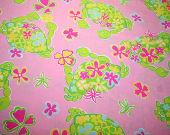 """Lilly Pulitzer  fabric """"MUSCLE BEACH""""~~2004~~ , 100% cotton, Rare and Hard to Find~18"""" by 18"""""""