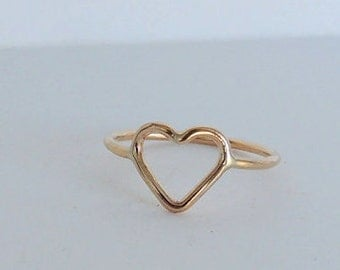 Golden Heart Midi Ring Band - 14K gold filled heart ring