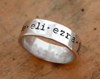 Mothers ring - Personalized sterling silver ring with family names