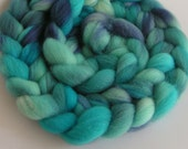 Roving Fiber FALKLAND Wool Top ICE PALACE Hand Painted Spin Felt Craft 4 ounces Purple Blue