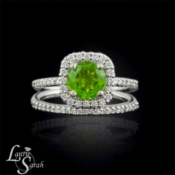 Wedding ring set peridot and diamond wedding set august for Peridot wedding ring set