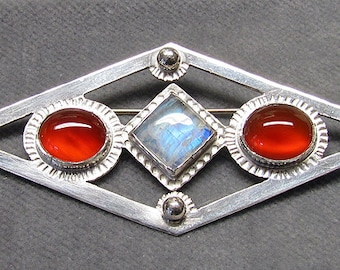 Sterling Silver Brooch, Carnelian and Moonstone
