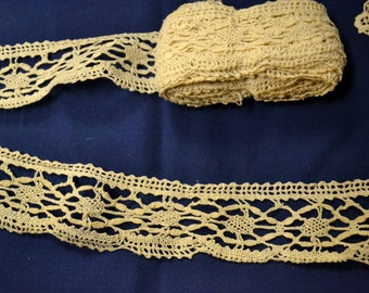 Vintage Trim Ivory Lace 2 Inches wide 4.5 yards Crochet Cotton