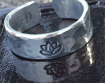 Lotus flower and hammered - hand stamped aluminum adjustable silver band ring