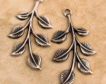 Spring Leaf Pendant, Antique Silver, Trinity  Brass, 2 Pieces AS304