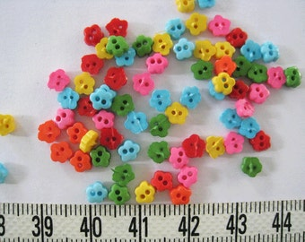 100pcs of Tiny  Flower Buttons - 5 mm - Pink Red Green Blue Yellow Orange