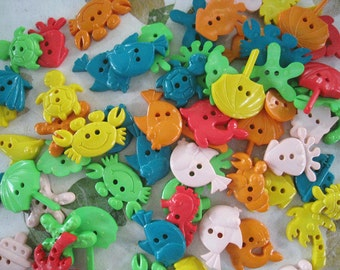 30 pcs of Novelty Button - By The Sea -  Yellow Green Orange Red Beige