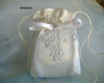 MINI IVORY Drawstring Bag, Made to Order, BRIDESMAID Gift, Prom, Confirmation, Birthday, Flower Girl Bag, Special Event Accessory